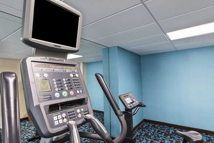 Sports Facility | Fairfield Inn & Suites by Marriott Ft. Myers/Cape Coral