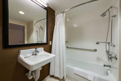 Guestroom | Fairfield Inn & Suites by Marriott Ft. Myers/Cape Coral