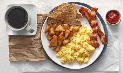 Breakfast Meal | Courtyard by Marriott New York Manhattan/Times Square
