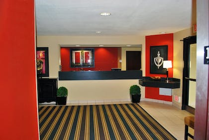 Lobby | Extended Stay America - St. Louis - O' Fallon, IL