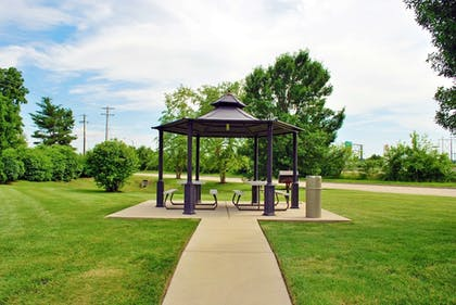 Terrace/Patio | Extended Stay America - St. Louis - O' Fallon, IL