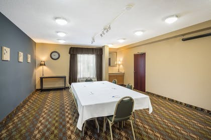 Meeting Facility | Holiday Inn Express Ft Payne