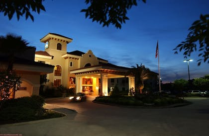 Hotel Front - Evening/Night | Best Western Gateway Grand