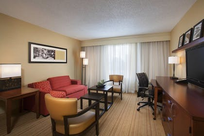Guestroom | Courtyard by Marriott Orlando Downtown