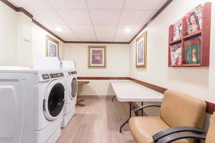Laundry Room | Wingate by Wyndham Convention Ctr Closest Universal Orlando