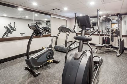 Fitness Facility | Wingate by Wyndham Convention Ctr Closest Universal Orlando