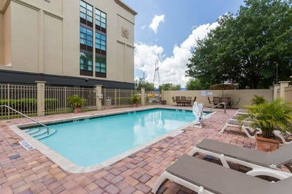 Pool | Wingate by Wyndham Convention Ctr Closest Universal Orlando