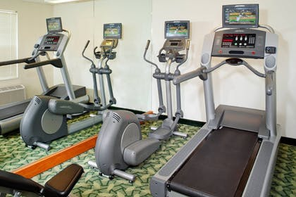Sports Facility | Towneplace Suites By Marriott Cleveland Westlake