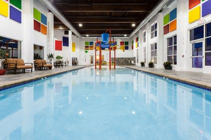 Aqua Center | Holiday Inn Express Hotel & Suites Rapid City