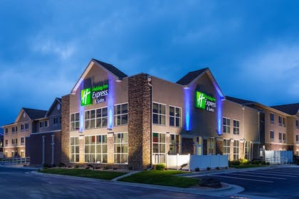 Exterior | Holiday Inn Express Hotel & Suites Rapid City