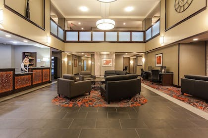 Lobby | Holiday Inn Express Hotel & Suites Rapid City