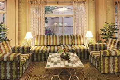 Lobby | La Quinta Inn & Suites by Wyndham Fremont / Silicon Valley