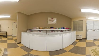 Laundry Room | Candlewood Suites Chicago-Waukegan