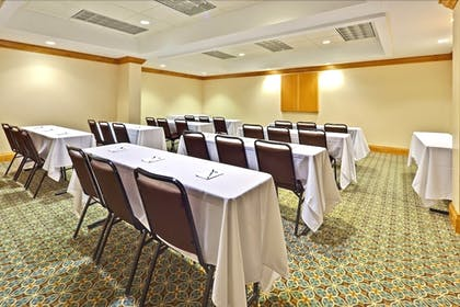 Meeting Facility | Staybridge Suites Memphis - Poplar Ave East