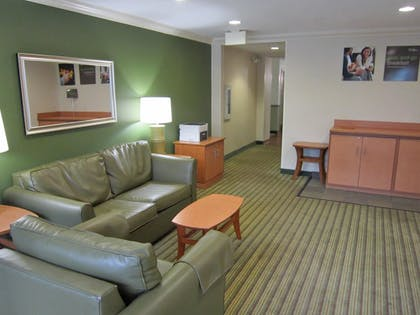 Lobby | Extended Stay America Fort Lauderdale - Cypress Crk -6th Way