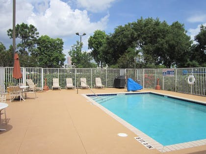 Pool | Extended Stay America Fort Lauderdale - Cypress Crk -6th Way