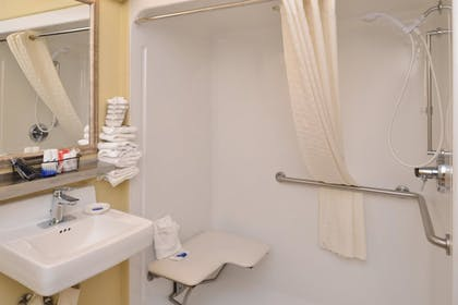 Bathroom Amenities | Best Western Plus Canal Winchester Inn - Columbus South East