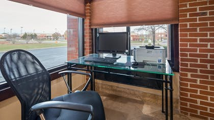 Business Center | Best Western Plus Canal Winchester Inn - Columbus South East