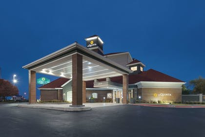 Featured Image | La Quinta Inn & Suites by Wyndham Oklahoma City - NW Expwy
