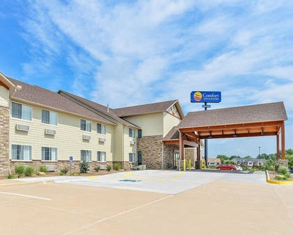 Featured Image   Comfort Inn And Suites Riverview