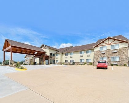 Exterior   Comfort Inn And Suites Riverview