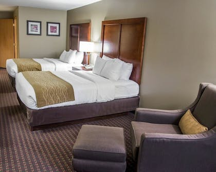 Guestroom   Comfort Inn And Suites Riverview