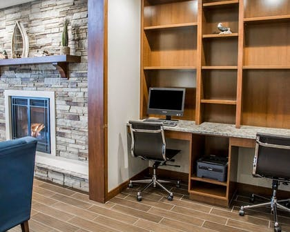Business Center   Comfort Inn And Suites Riverview
