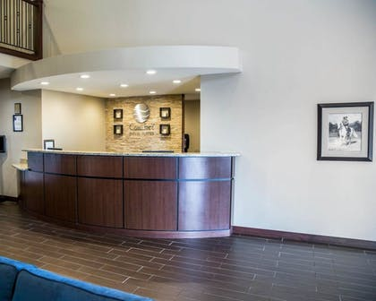 Lobby   Comfort Inn And Suites Riverview