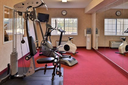 Fitness Facility   Comfort Inn And Suites Riverview