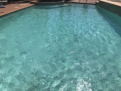 Outdoor Pool | Quality Suites Cy - Fair at Jones Road