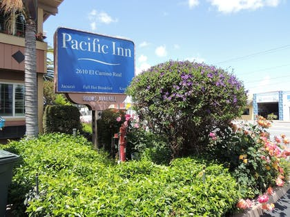 Exterior | Pacific Inn of Redwood City