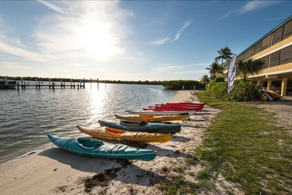 Kayaking | Tween Waters Island Resort & Spa