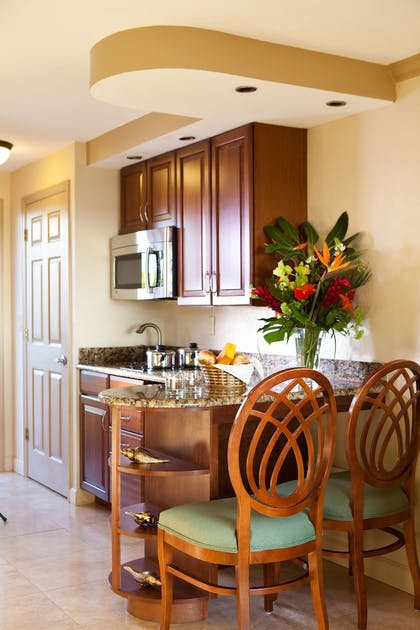 In-Room Kitchen | Tween Waters Island Resort & Spa