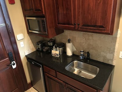 In-Room Kitchenette | The Eldridge Hotel