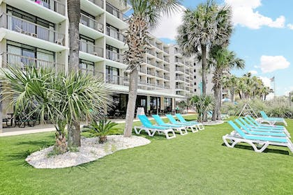 Property Grounds | North Shore Oceanfront Hotel