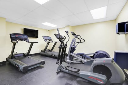 Fitness Facility | North Shore Oceanfront Hotel