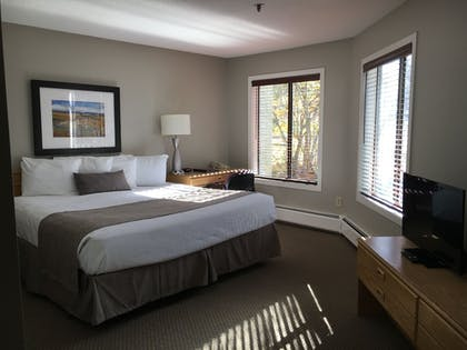 Guestroom | North Star Lodge and Resort