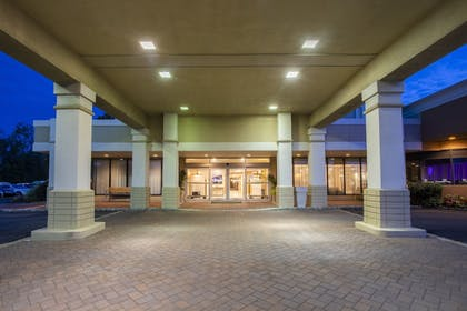 Featured Image | Holiday Inn Hotel & Suites Parsippany Fairfield