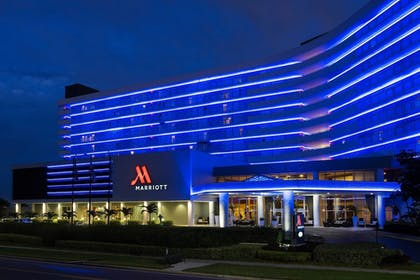 Exterior | Clearwater Beach Marriott Suites on Sand Key