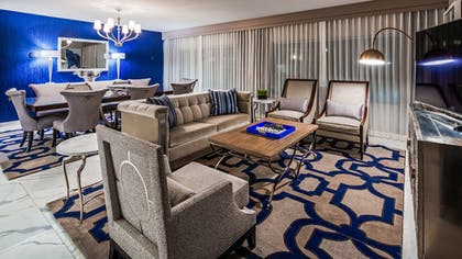 Living Room | DoubleTree by Hilton Bloomfield Hills Detroit