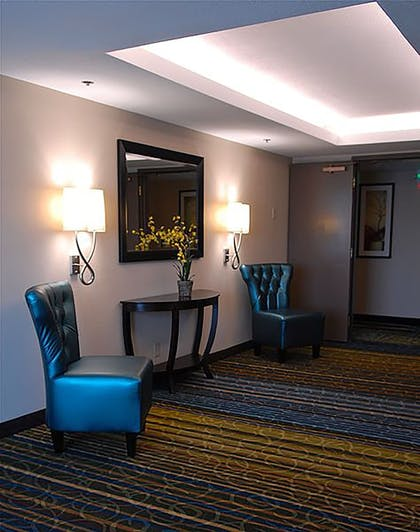 Hotel Interior | Holiday Inn Express Boise - University Area
