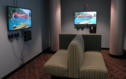 Game Room | Holiday Inn Express Boise - University Area
