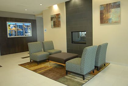 Lobby | Holiday Inn Express Boise - University Area