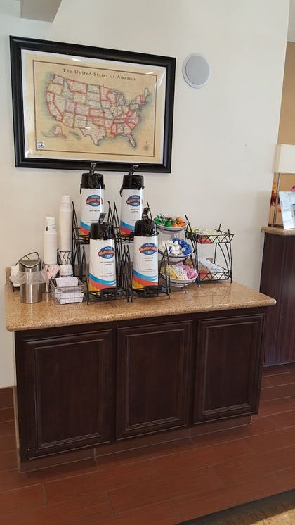 Hotel Interior | Baymont by Wyndham Barstow Historic Route 66
