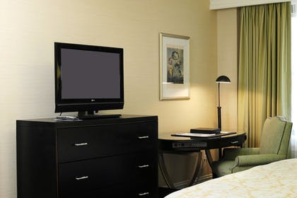 Guestroom   The Raphael Hotel, Autograph Collection