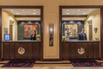 Lobby   The Raphael Hotel, Autograph Collection
