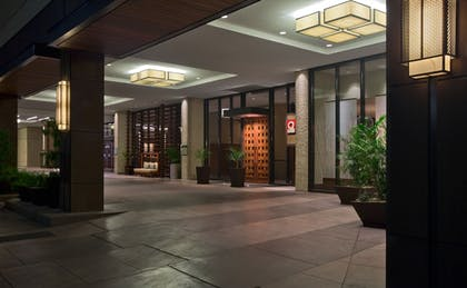 Hotel Entrance | Hyatt Regency San Antonio Riverwalk