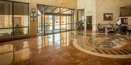 Interior Entrance | The Rushmore Hotel & Suites, BW Premier Collection