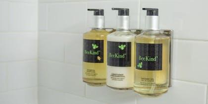 Bathroom Amenities | The Rushmore Hotel & Suites, BW Premier Collection