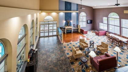 Lobby | Best Western Cooperstown Inn & Suites